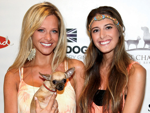 slideshow_std_h__Last-Chance-Animal-Rescue-Benefit_Dina-and-Lexi-Manzo-with-Gracie-