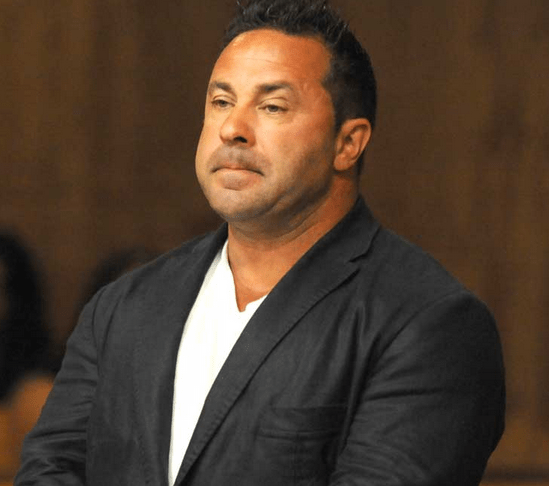 Joe Giudice Remains ''Strong'' in Prison: An Update on His ...
