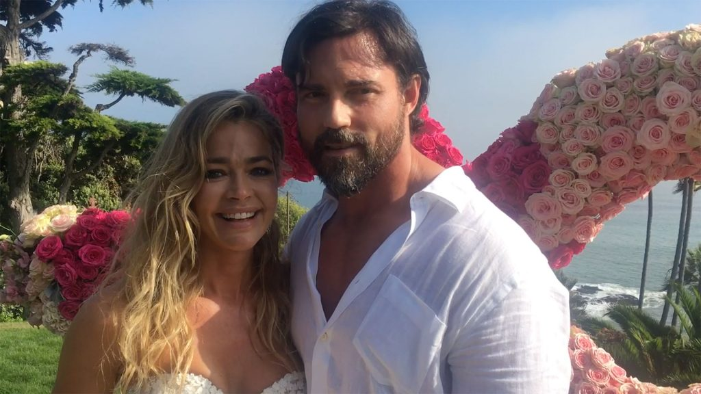 Denise Richards Marries Aaron Phyphers The Real