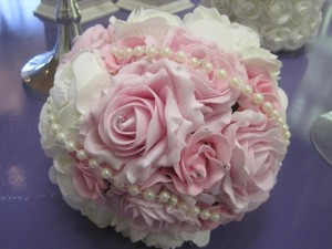 pink bouquet with pearls