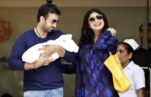 Shilpa Shetty and Raj Kundra with Viaan Raj Kundra