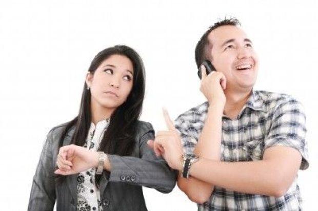 Man talking on phone/freedigitalphotos