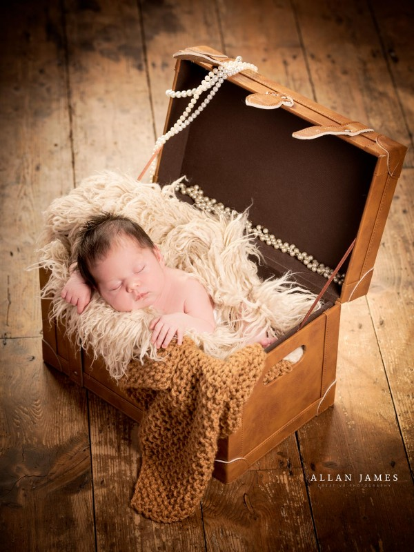Newborn-Baby-photographer-Bridgend-Swansea-Cardiff-Cowbridge-Porthcawl