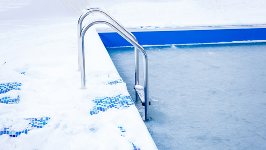 Pool Fencing In Winter