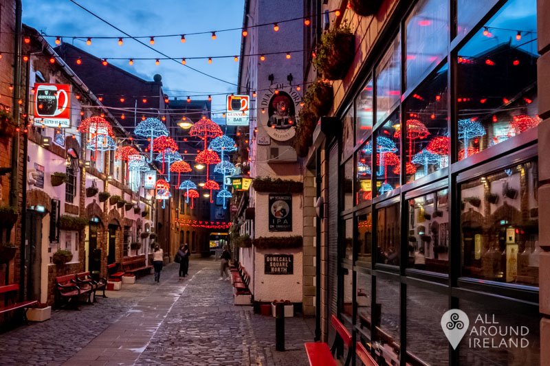 Laneway where the Duke of York Pub is located in Belfast