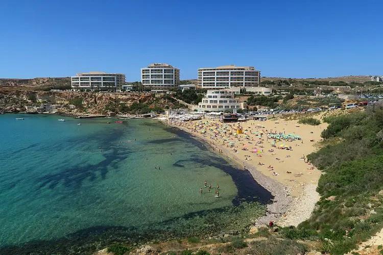 Das Raddison Hotel auf Malta an der Golden Bay.