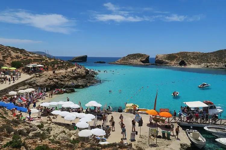 Die Blaue Lagune auf Comino und das Riff Cominetta.