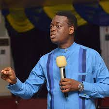 DOWNLOAD MP3: Giant Steps by Apostle AROME Osayi (Sermon) 1