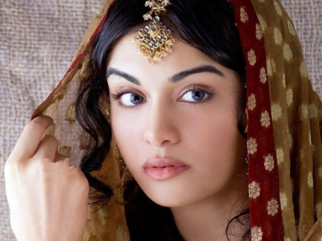 Top 10 Countries With The Most Beautiful Girls In The World-1272