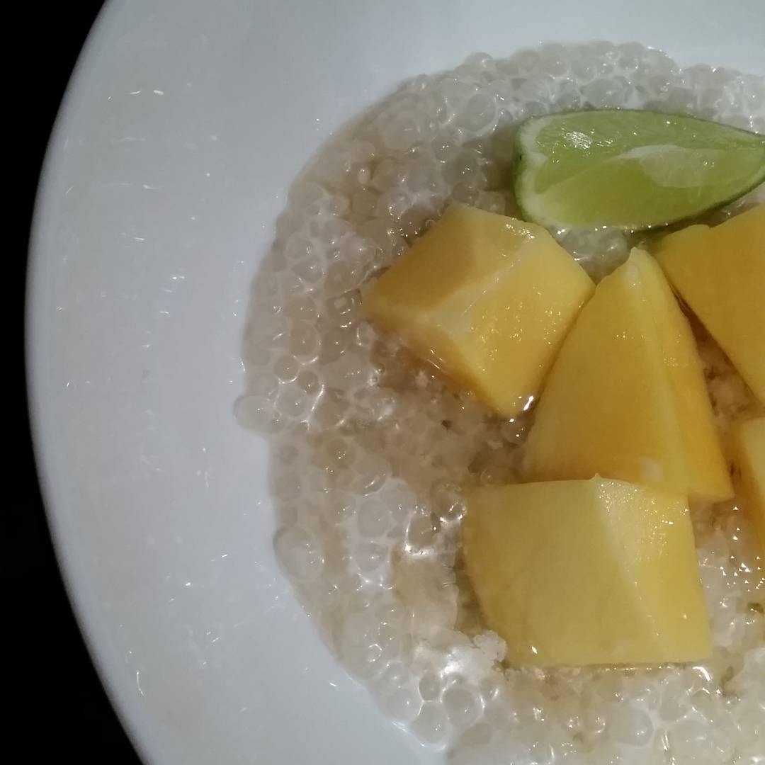 Sago pudding with mango and lime