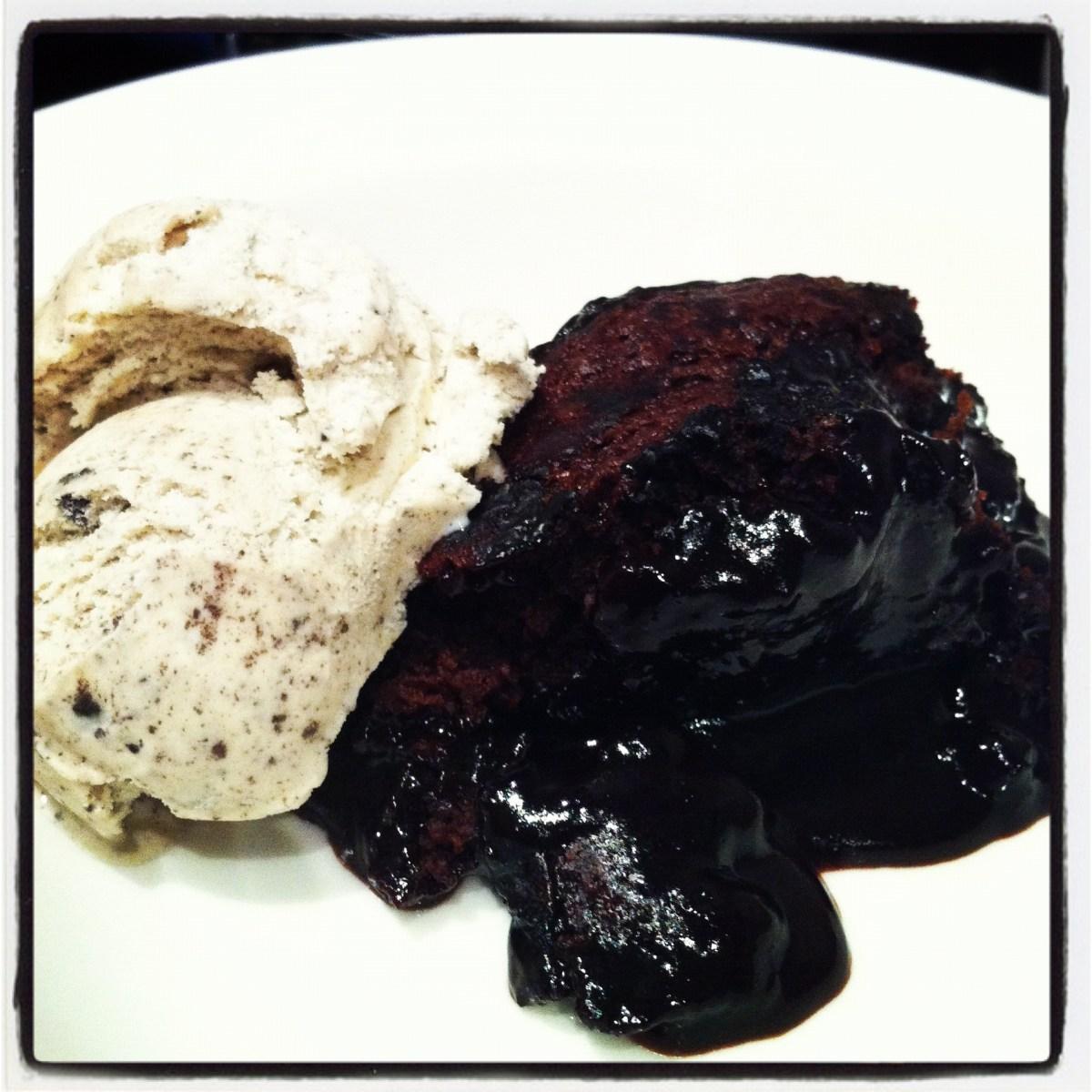 Chocolate self-saucing pudding (aka chocolate sludge)