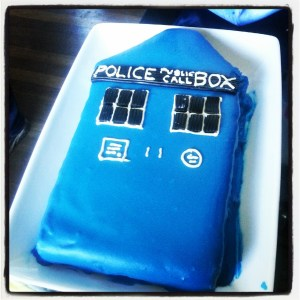 Tardis birthday cake