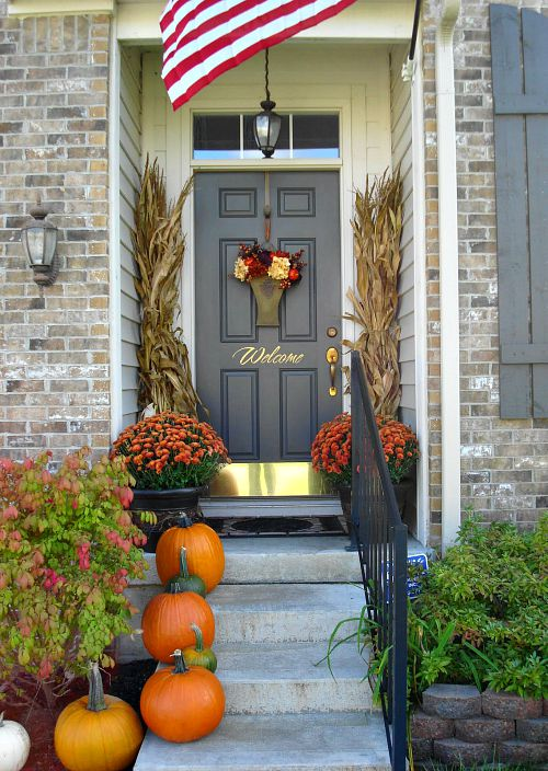 jm allcreated fall front porch decor 7