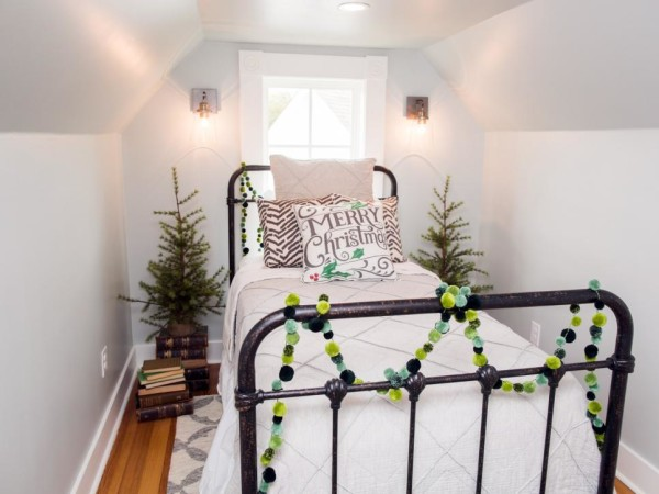 Joanna Gaines Farmhouse Christmas Decor Is Cheery And Charming All Created