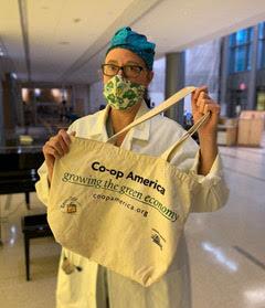 Amy Sherman with a reusable bag