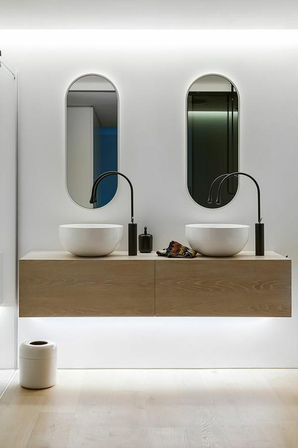 Der Badspiegel Ein Wichtiges Iterieur Element Im Badezimmer