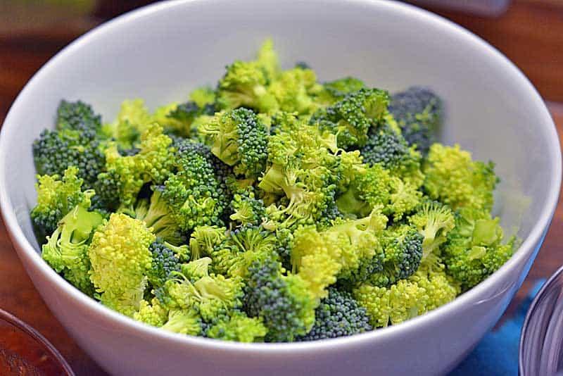 Brokkoliröschen für die Brokkoli Pizza