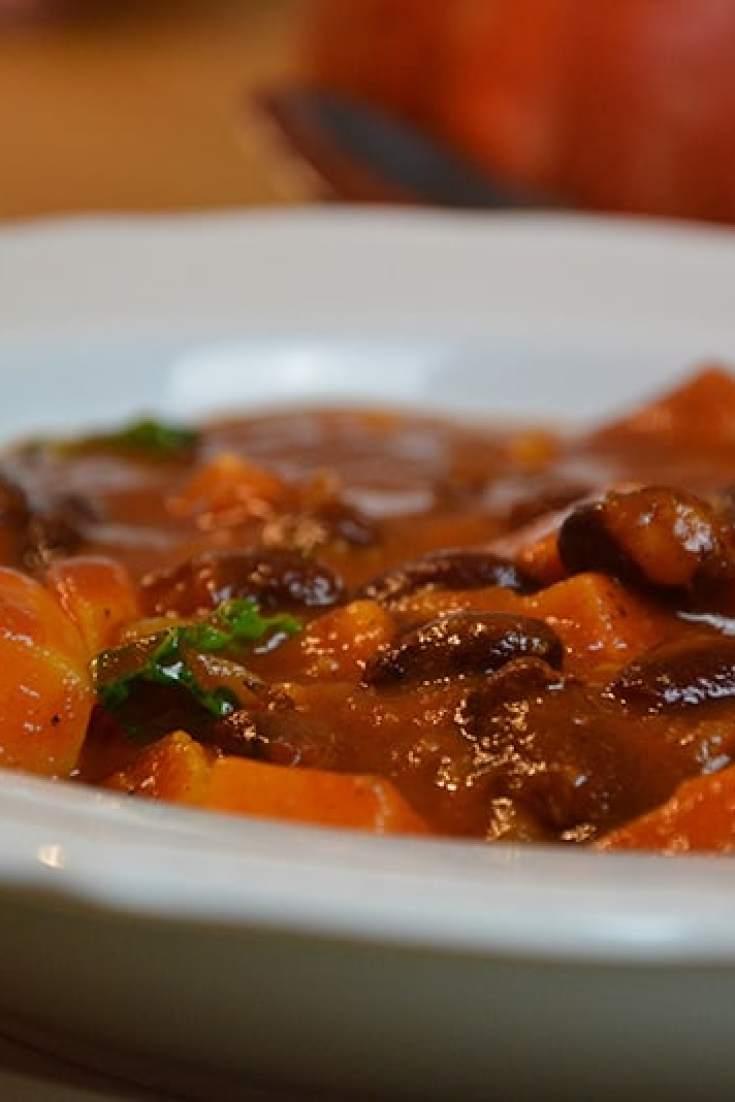 Süßkartoffel-Bohnen-Stew für kalte Tage