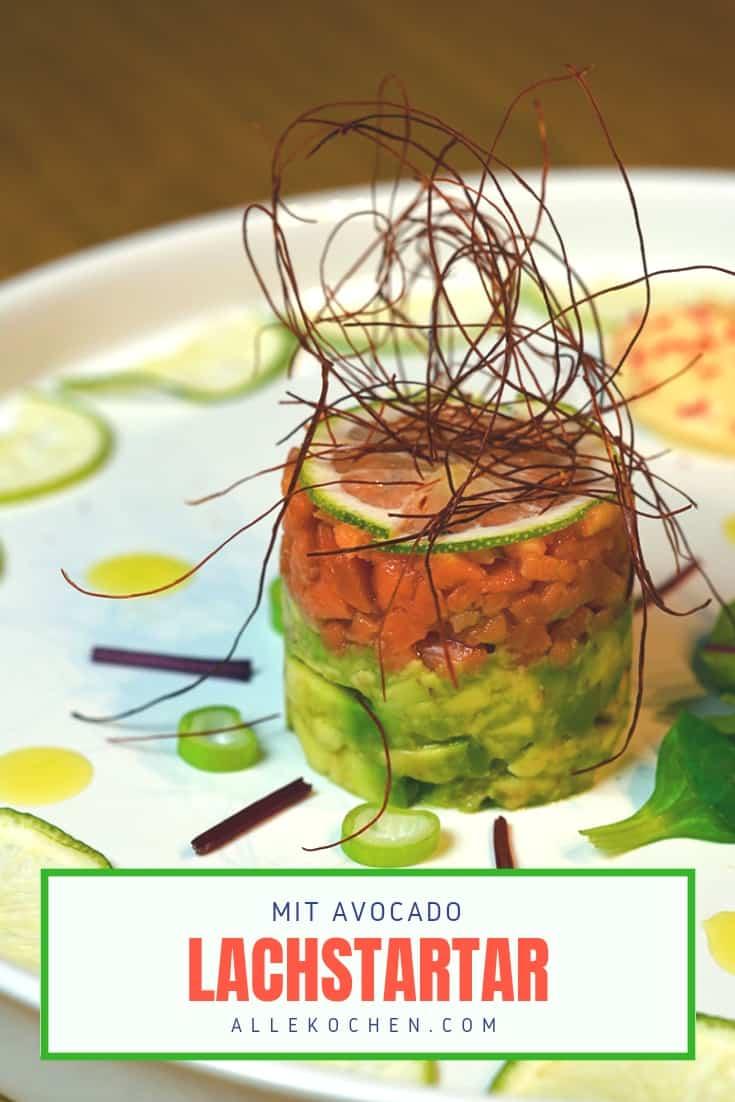 Lachstartar mit Avocado und fruchtiger Frischkäsenocke als perfekte Vorspeise