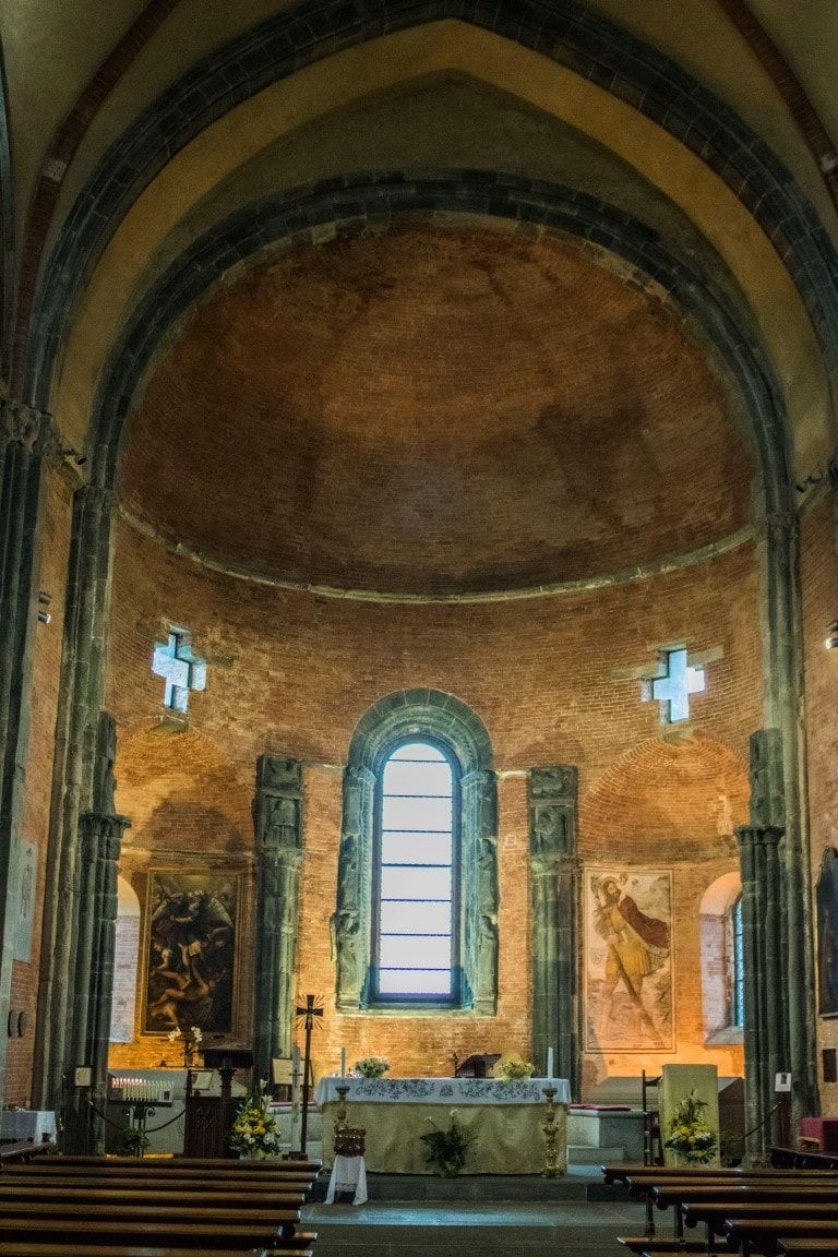 Sacra veduta interno