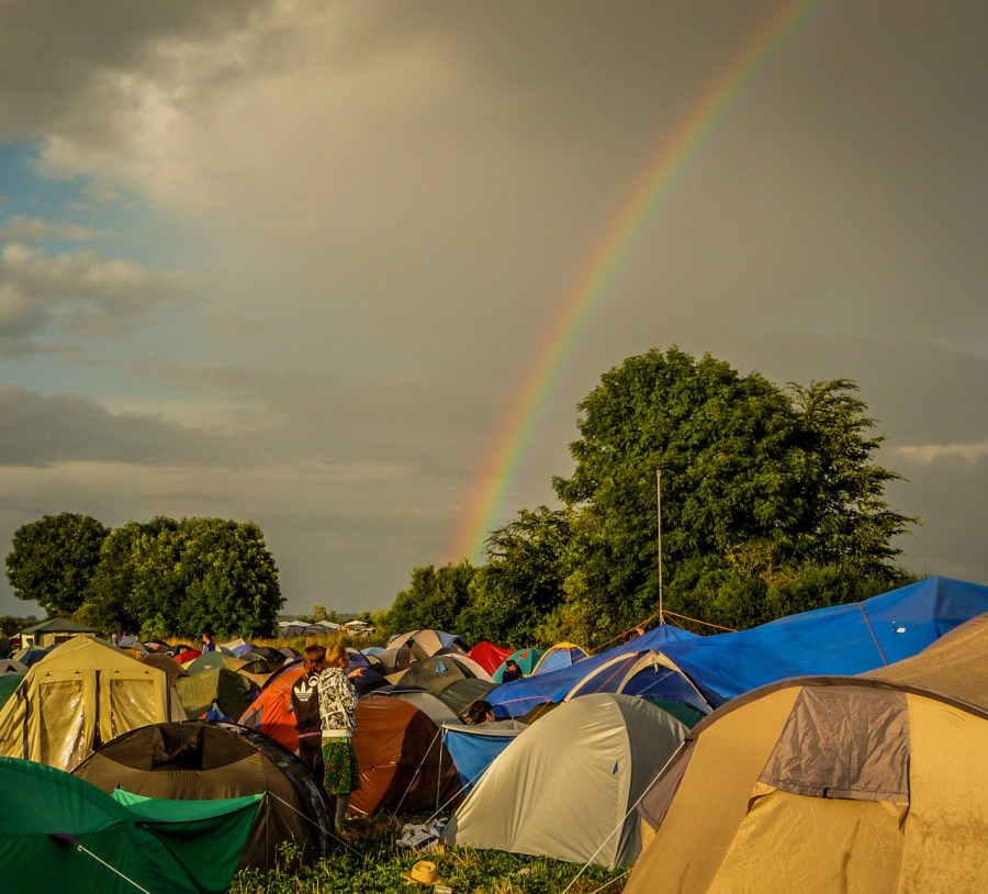 Regenbogen auf dem Campingplatz vom Melt! Festival 2009