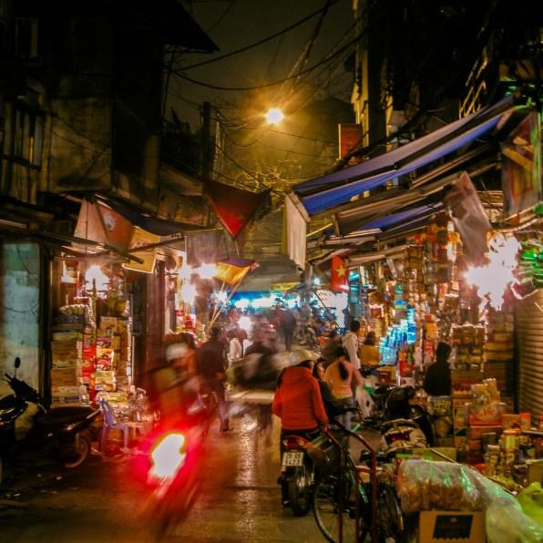 Marktstrasse in Hanoi