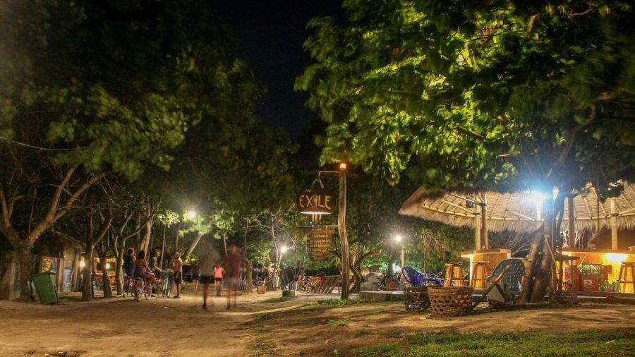 Exile Bar auf Gili Trawangan in der Nacht