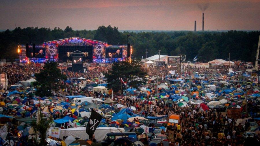 Hauptbühne beim Haltestelle Woodstock Festival 2012