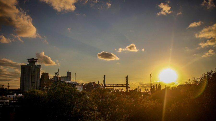 Sonnenuntergang auf dem MS DOCKVILLE
