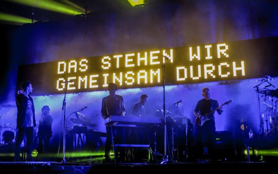 Massive Attack live in der Zitadelle Spandau, Berlin