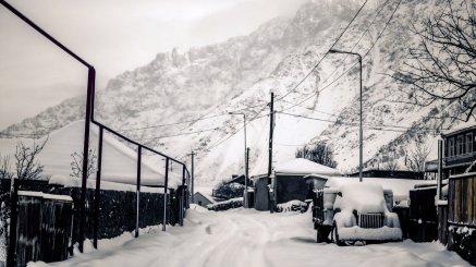Kazbegi eingeschneit