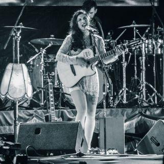 Mon Laferte live auf dem Vive Latino Festival
