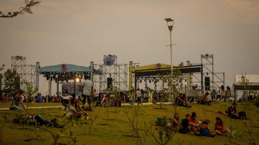 Die beiden Hauptbühnen auf dem L4TIDO-Festival in Guanajuato