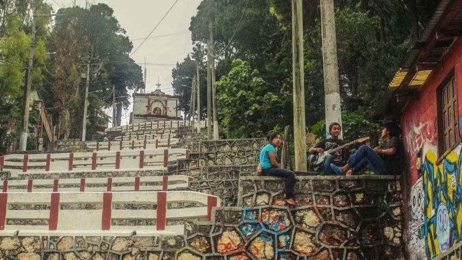 Singende Jugendliche in San Cristobal de las Casas