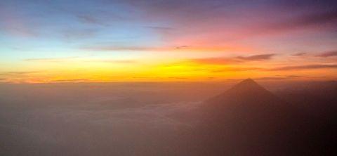 Vulkan Fuego zum Sonnenaufgang
