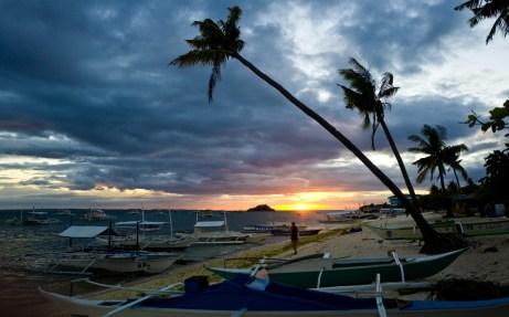 Sonnenuntergang am Weststrand von Malapascua