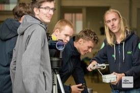 Erleichterung: Der CamSat funkt Signale zur Bodenstation (Foto: Bührke)