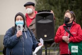 Eine Sprecherin der Linken während der Gegendemonstration (Foto: Bührke)