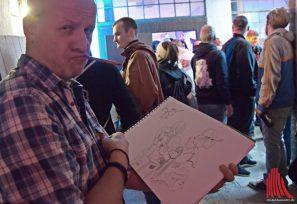 Wer nicht schnell weg ist, wird von Olaf Preiss gezeichnet. (Foto: Tanja Sollwedel)