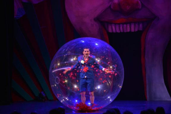 Akrobatik-Comedian Sébastien Tardif. (Foto: GOP)