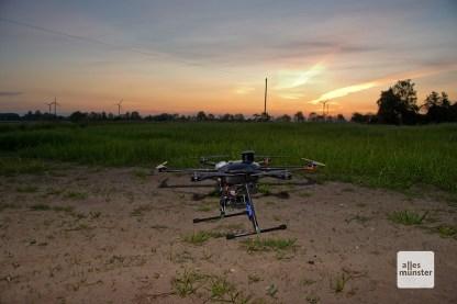 Die Drohne ist ein Hexacopter der Marke Yuneec, Typ Tornado. (Foto: Michael Bührke)