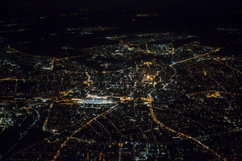 Münster bei Nacht. Diese Aussicht bot sich dem Piloten bei den Thermografiebefliegungen über der Stadt. (Foto: Miramap)