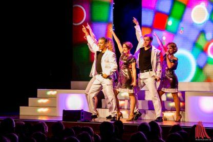 """Finale mit Titeln aus """"Saturday Night Fever"""" (Foto: Claudia Feldmann)"""