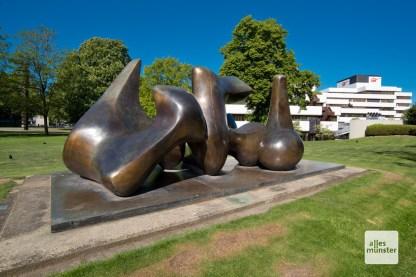Large Vertebrae - Henry Moore (1967/68)