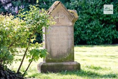 Der Grabstein von Annettes Mentor Christoph B. Schlüter. (Foto: Michael Bührke)