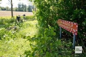 Wer diesem Schild folgt, ist bald beim Schloss Nordkirchen. (Foto: Michael Bührke)