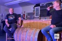 """Marcus """"Vorty"""" Vortkamp (l.) und Ingo Meister (r.) sind die Chefs der Brauerei Läuterwerk (Foto: Andrea Hansen)"""