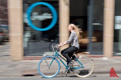 Immer mehr Räder mit blauem Reifen am Vorderrad sind auf Münsters Straßen zu sehen.