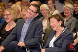 Die ehemalige First-Lady Eva Luise Köhler (r.) und Henry Wahlig während des Festaktes. (Foto: Michael Bührke)