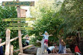 """Die """"Wildniswerkstatt"""" bietet seit vielen Jahren spannende Konzepte der Umweltpädagogik an. (Foto: Michael Bührke)"""